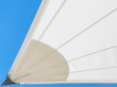 SolariA - el mejor toldo vela impermeable con corte radial