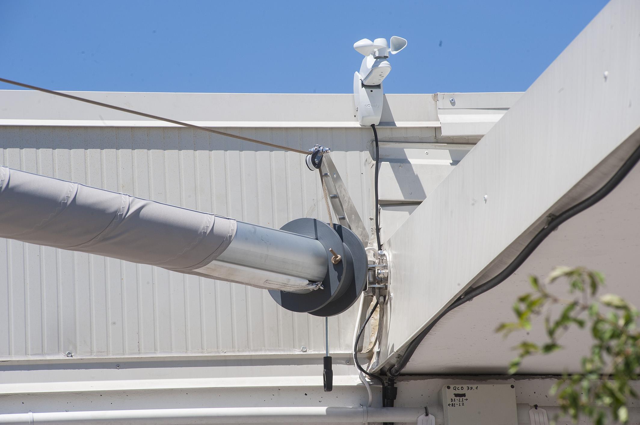 cor vela ombreggiante motorizzata per copertura terrazzi